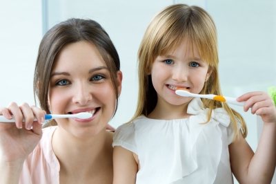 Cary dentist recommends proper brushing
